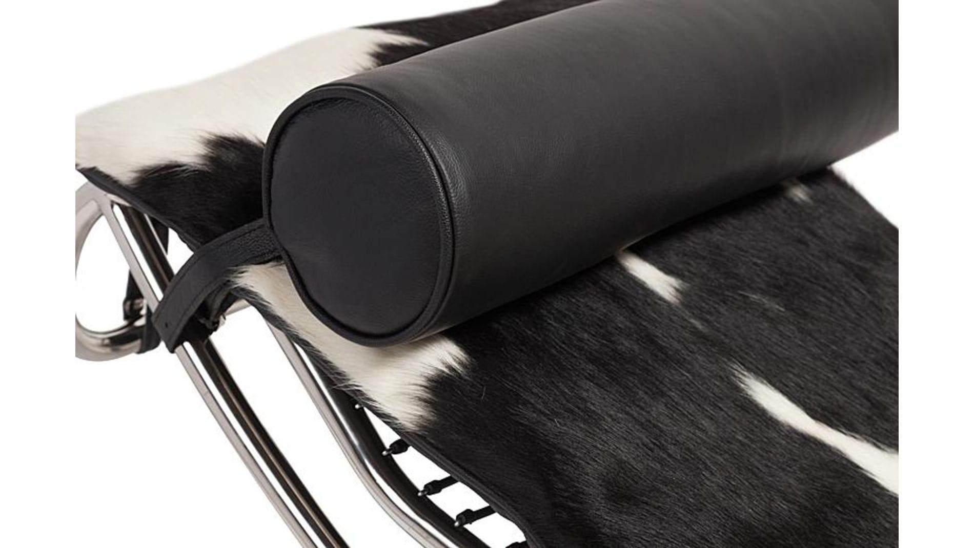 Кушетка Le Corbusier Chaise Lounge Pony Black-White Premium Leather