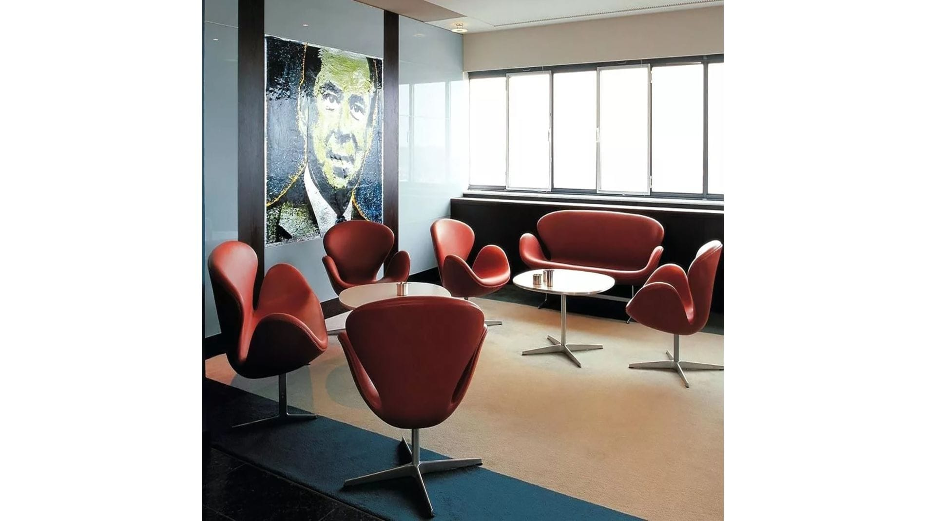 Кресло Swan Chair Лиловая Шерсть М