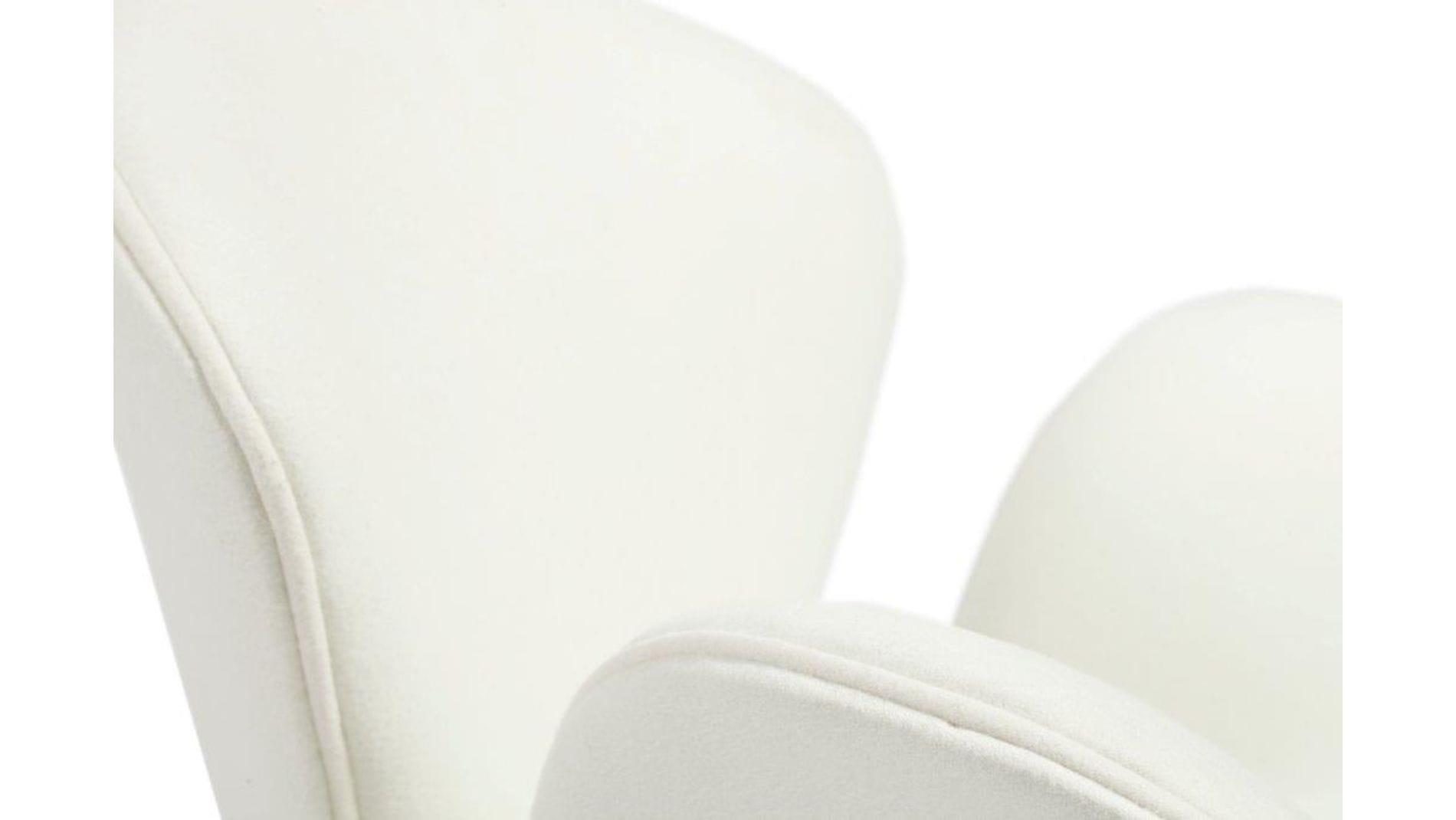 Кресло Swan Chair White