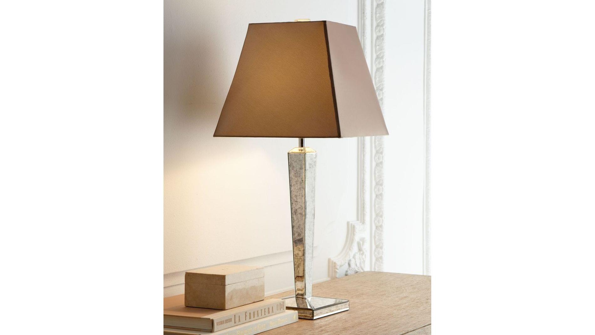 """Настольная лампа """"Кортни"""""""