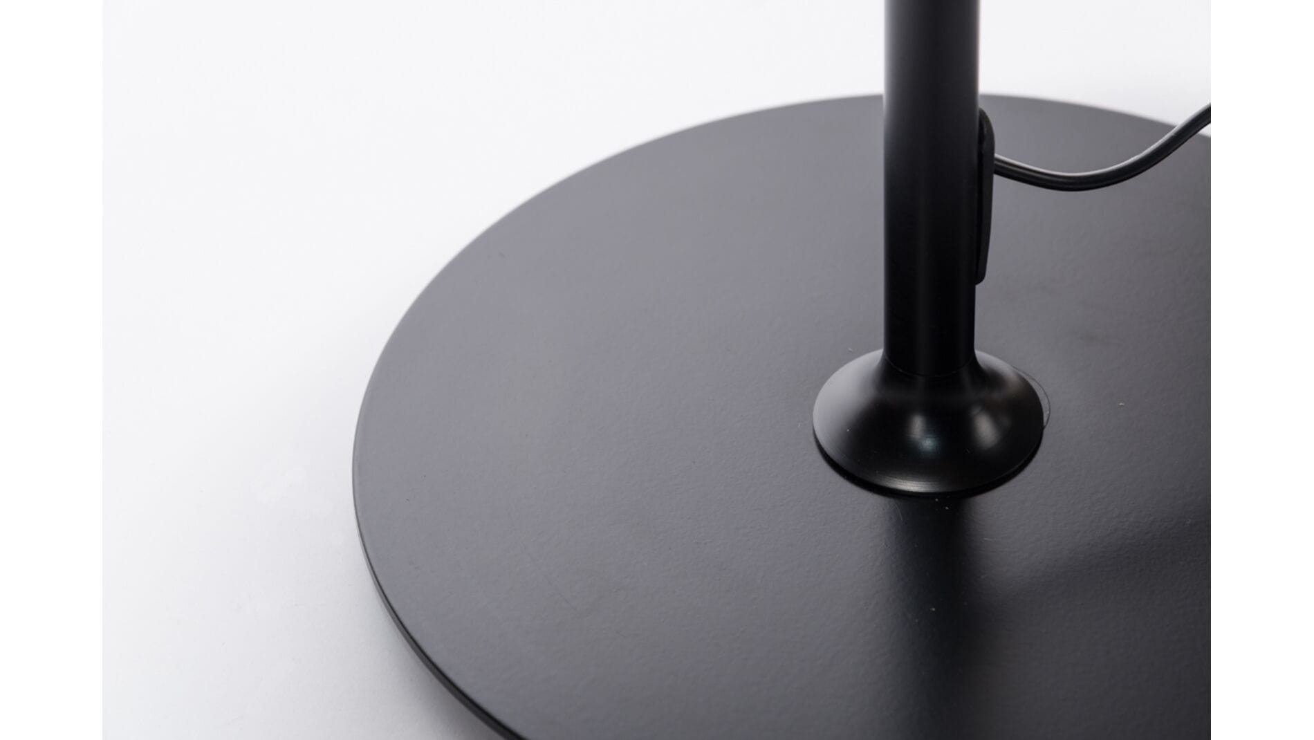 Настольная лампа Delta Table