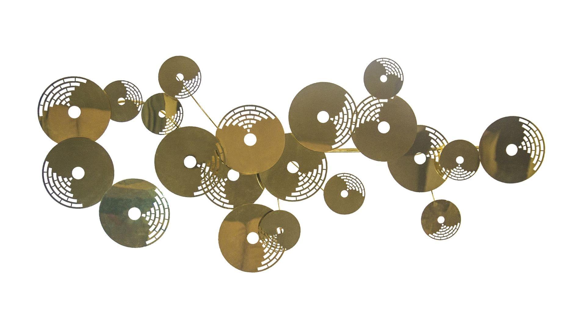 Панно из металла golden circles 175х110 см золотое